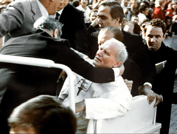 самый молодой папа римский в истории