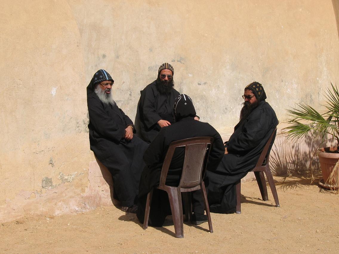 Коптские монахи