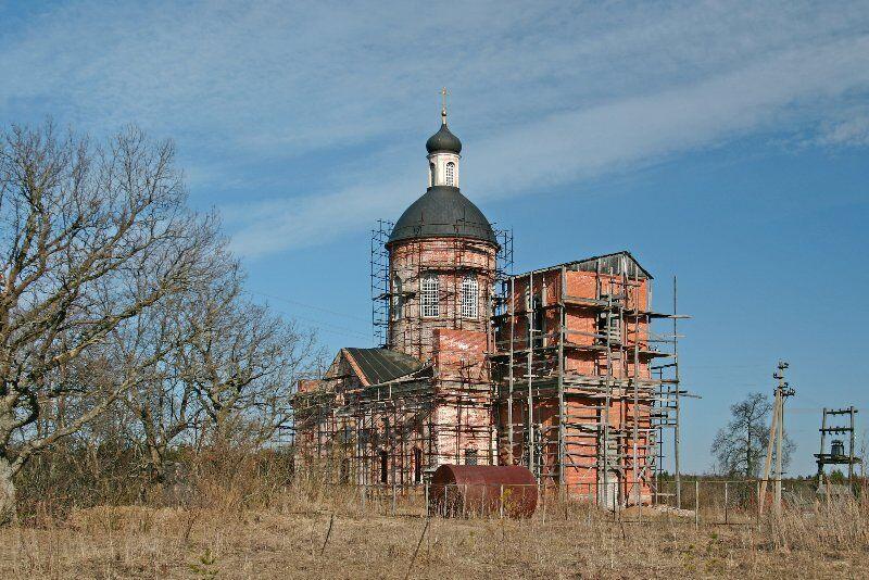 церковь никольское