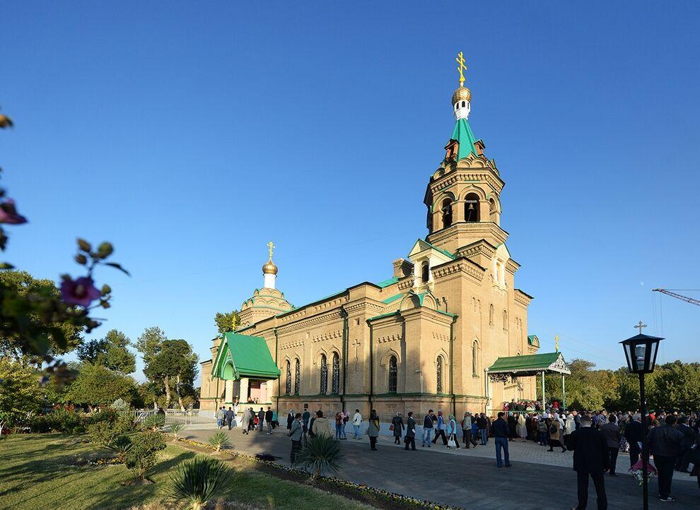 Святейший Патриарх Кирилл совершил вечернее богослужение в соборе ...