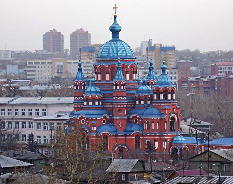 Храм Иконы Казанской Божией Матери в Иркутске расписывает в одиночку ...
