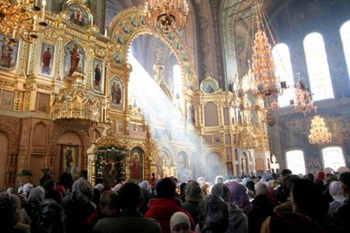 Можно ли сокращать богослужения? / Православие.Ru