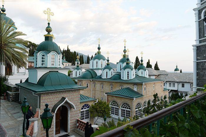 Пантелеимонов монастырь на Афоне – русская монашеская свеча пред ...