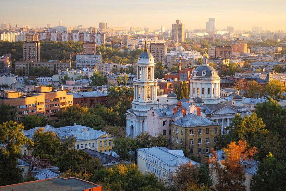на улице солженицына в москве