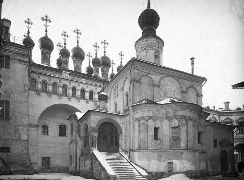 церковь в леоново на ботаническом саду