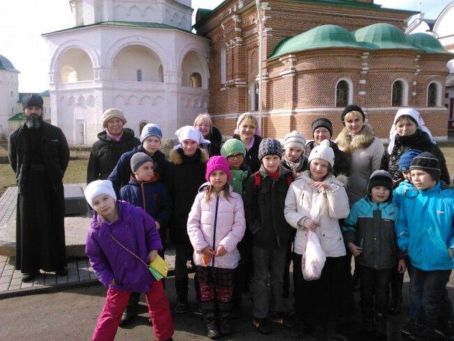 Паломническая поездка детей из храма Смоленской иконы Божией Матери ...