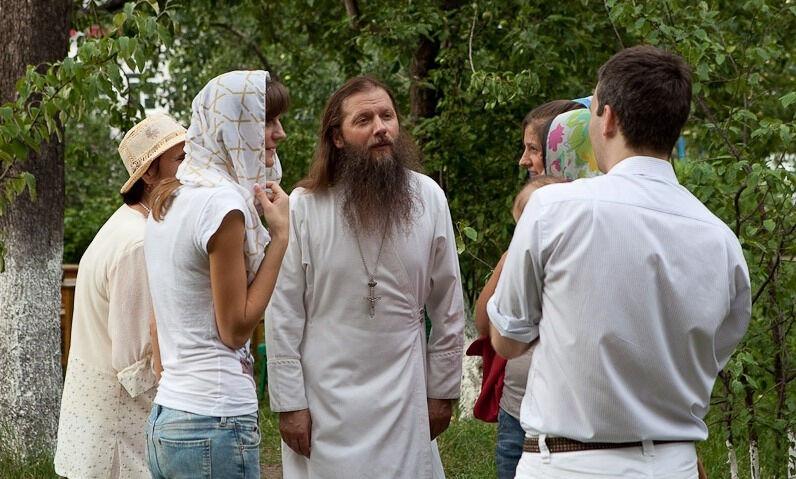 Протоиерей Артемий Владимиров о жизни и вере