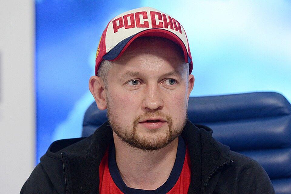 Машину чемпиона России по боксу пытались сжечь за его позицию по ...