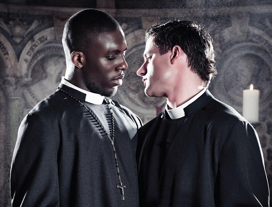 Священники гомосексуалисты - Дом Солнца