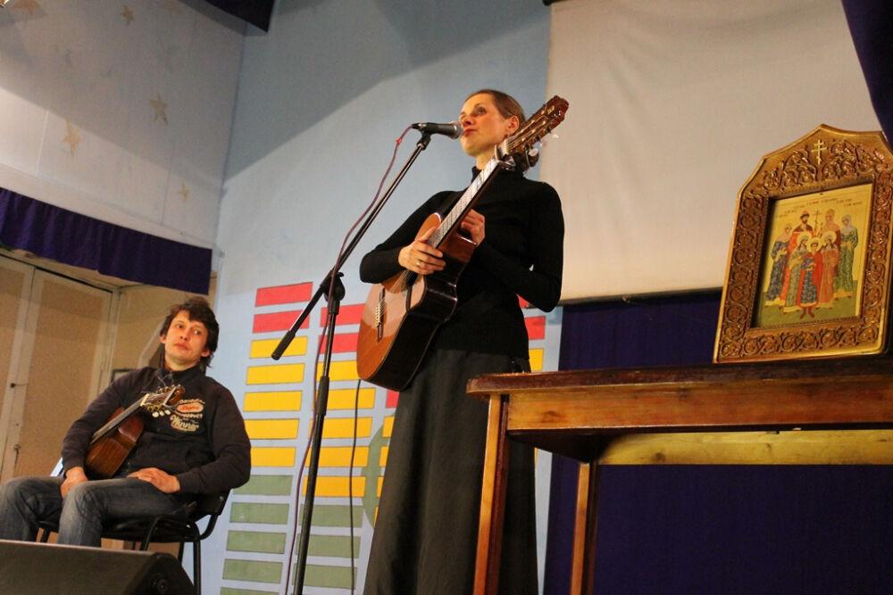Певица Светлана Копылова отправится в концертный тур по колониям ...