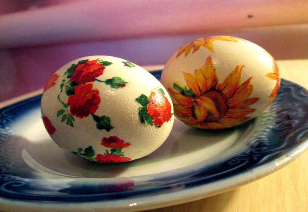Пасхальные яйца. Декупаж. Мастер класс. Пасхальные яйца можно ...