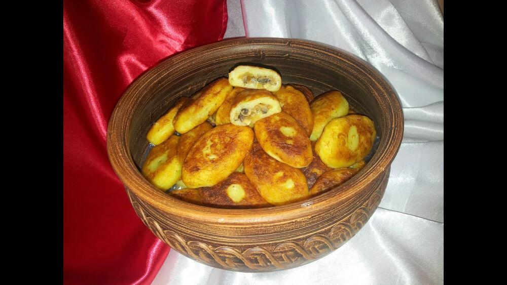Картофельные зразы с грибами. Пирожки с грибами (potato cakes) - YouTube
