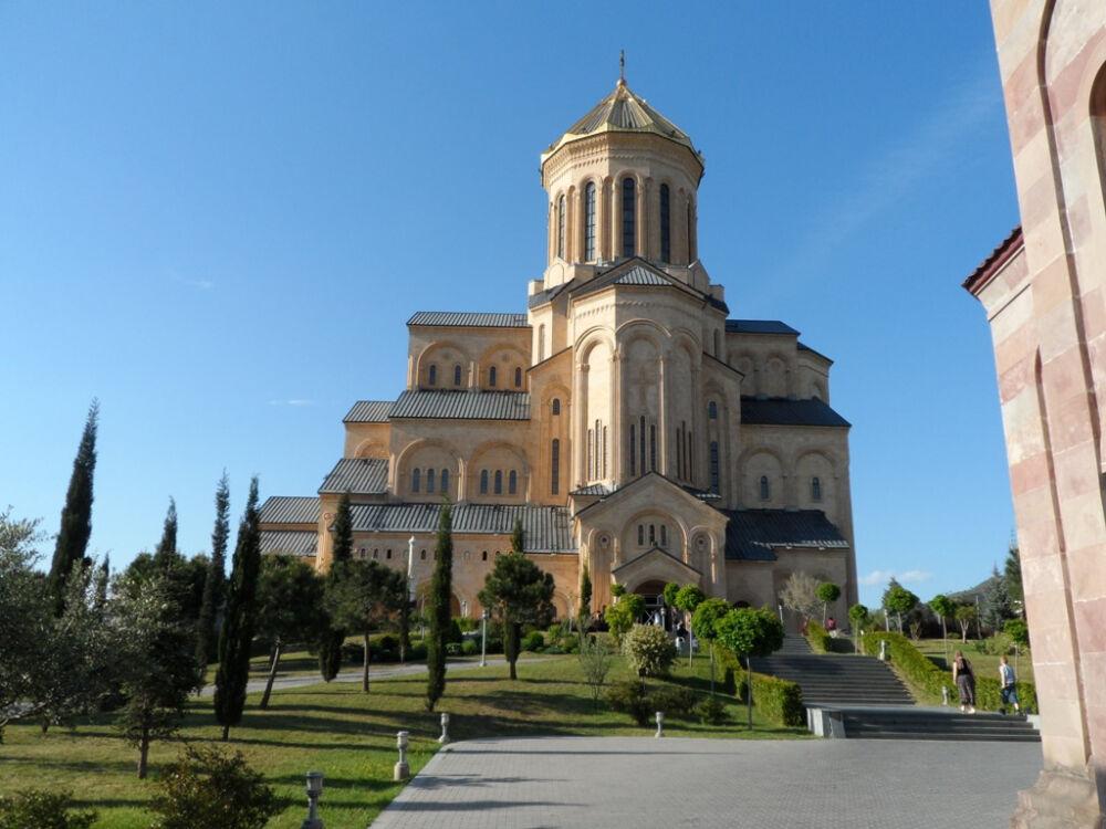 Святая равноапостольная Нина, просветительница Грузии и ее Крест ...