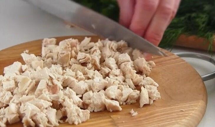 Салат с курицей и грибами «Осень»