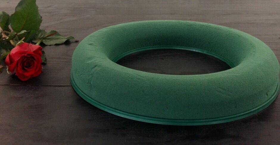 Оазис (флористическая пена) кольцо 30 cм, цена 126 грн., купить в ...