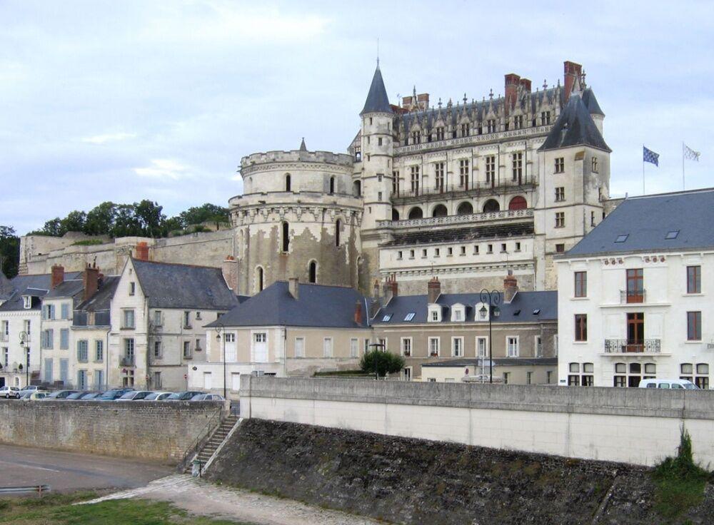 Амбуаз (замок) — Википедия