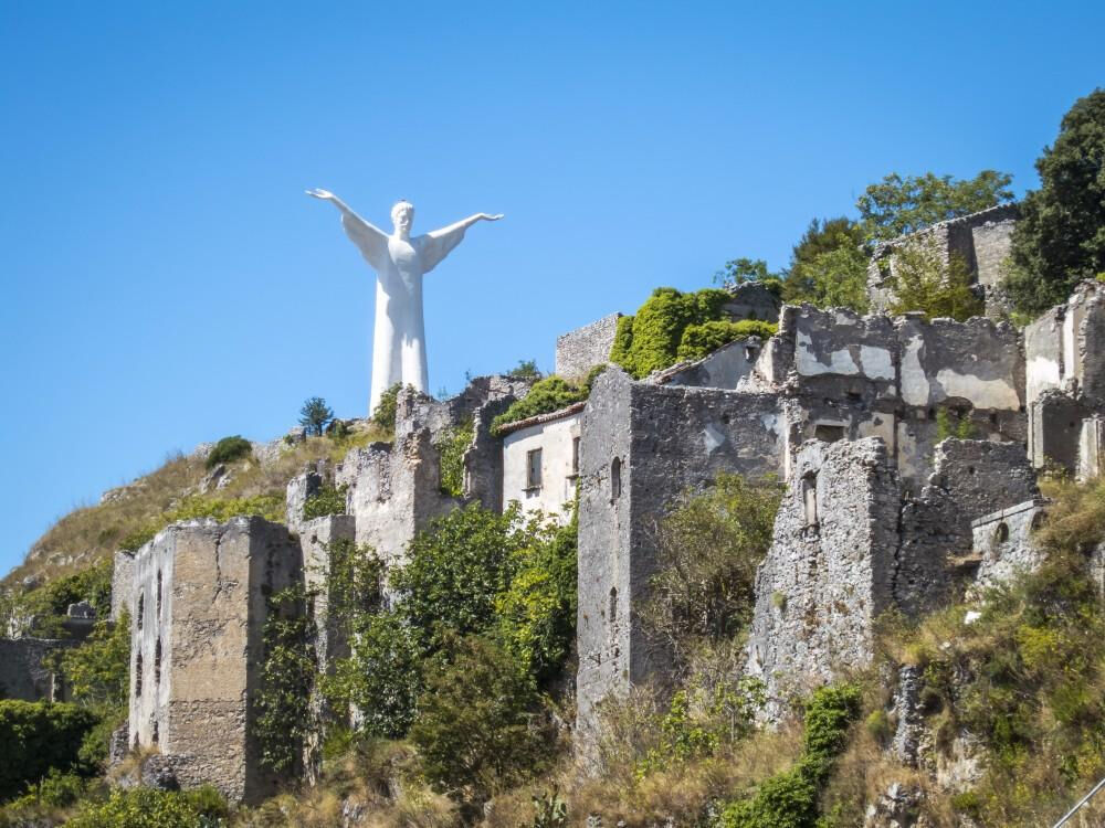 скульптура христа искупителя