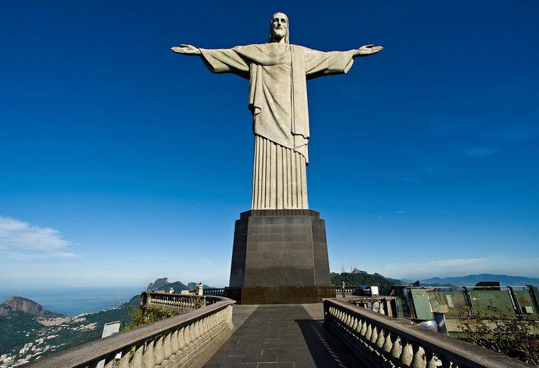 статуя иисуса христа в рио де жанейро