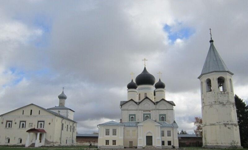 свято троицкий зеленецкий монастырь